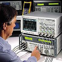 Fluke 5820A示波器校准器图片