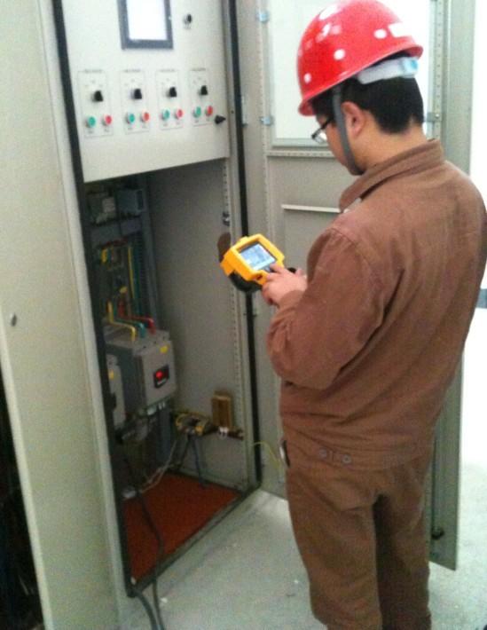 测量小接地电阻的接线图